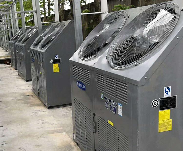上海农林培训中心空气能热泵温室供暖系统